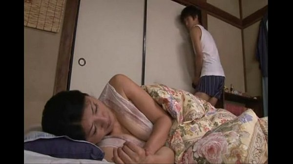 xvideos japanese sleeping mom fucked by step son xlxxhot